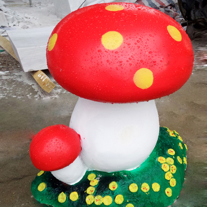 Garden and campus landscaping crafts red mushroom statue